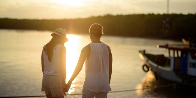 5 Simple Ways To Let Go Of The Pressures Of Dating